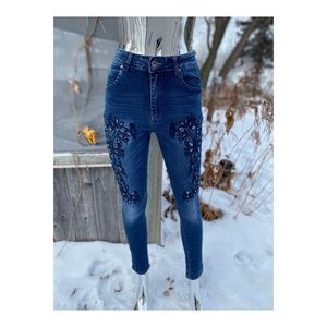Jeans High Rise Ankle Skinny Floral Embroidery
